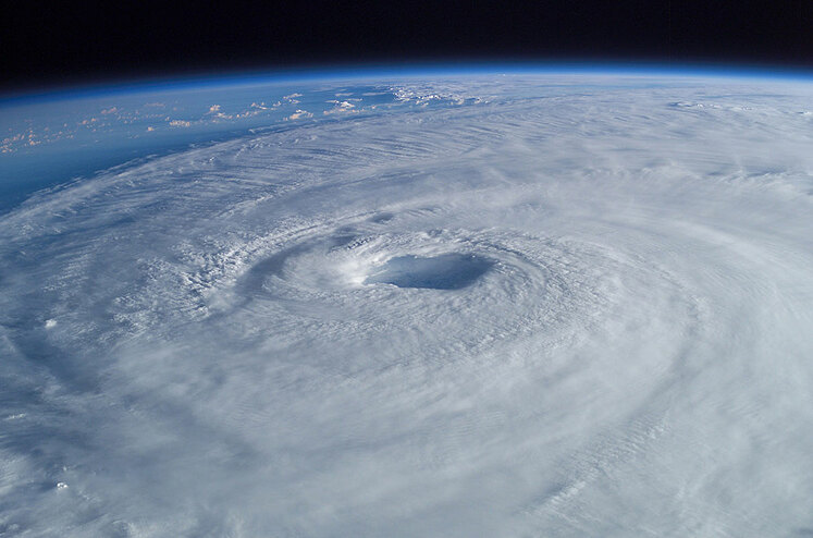 hurricane isabel eye from ISS