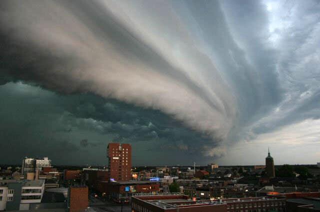 shelf cloud over city