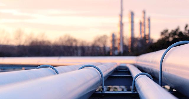 Crude Oil Pipelines Refinery