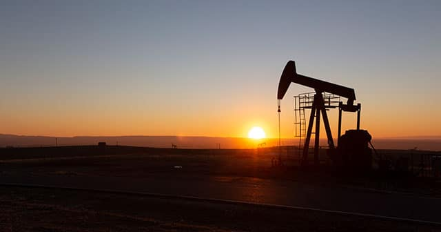 Oil pump with Sunset