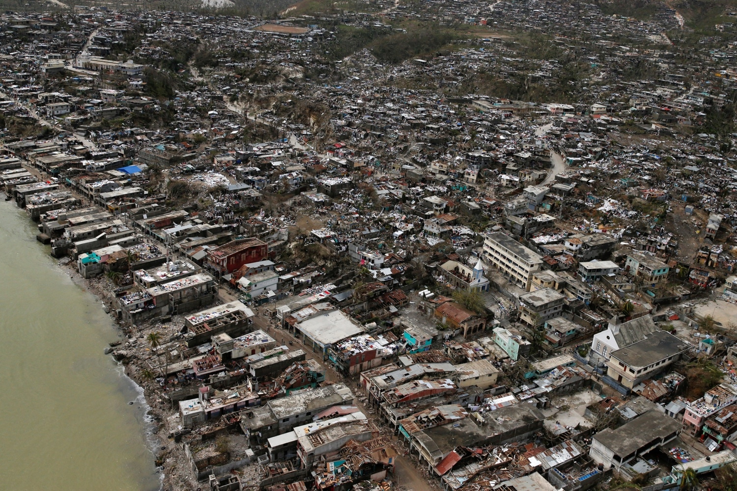 Destroyed houses are seen after Hurricane Matthew hit Jeremie, Haiti, October 6, 2016. REUTERS/Carlos Garcia Rawlins TPX IMAGES OF THE DAY - RTSR4LP