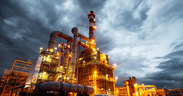 Blog Header Oil Refinery