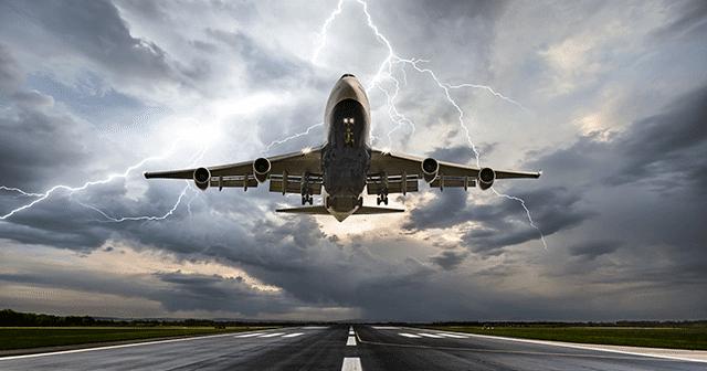 Blog Header Airplane landing during lightning storm