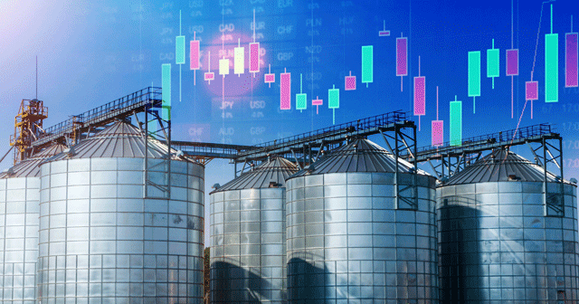 Blog Header Grain Silos with Trading Chart