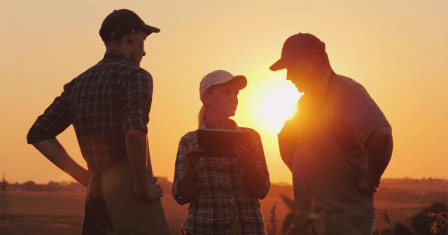Blog header Farmers Silhouettes